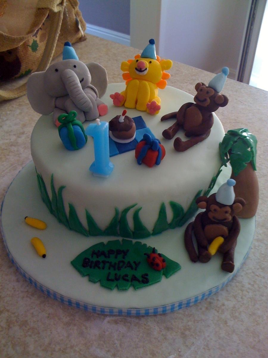Amazing Boys 1St Birthday Jungle Themed Cake Cakecentral Com Funny Birthday Cards Online Chimdamsfinfo