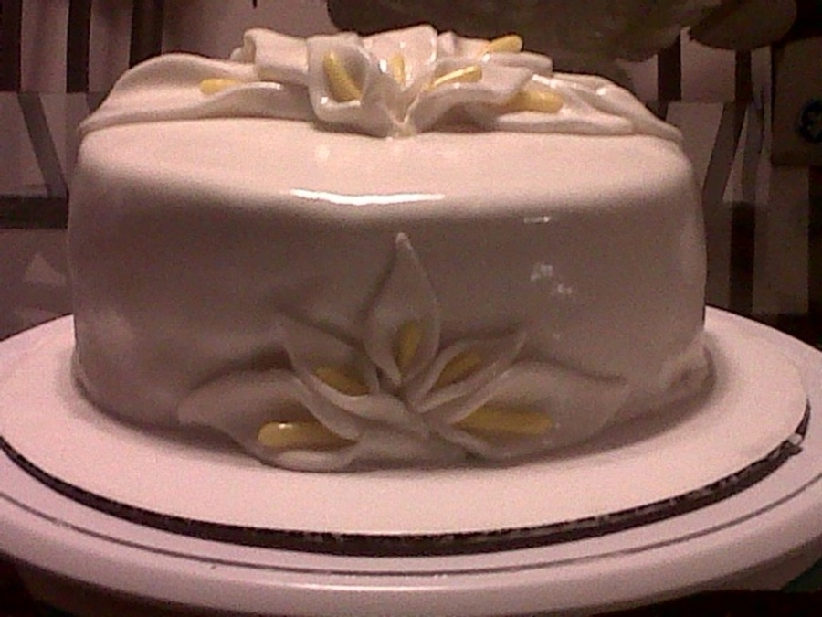Calla Lilly on Cake Central
