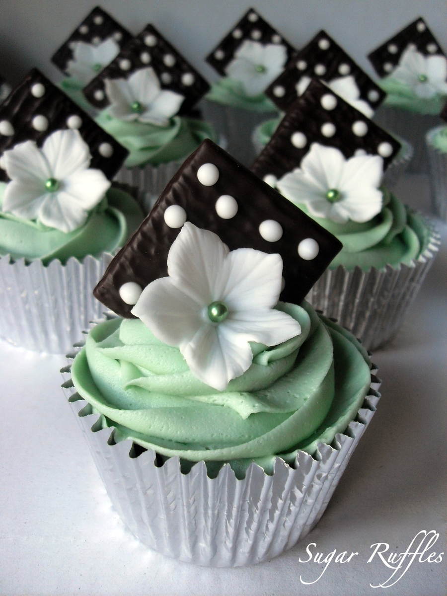 Mint Chocolate Cupcakes on Cake Central