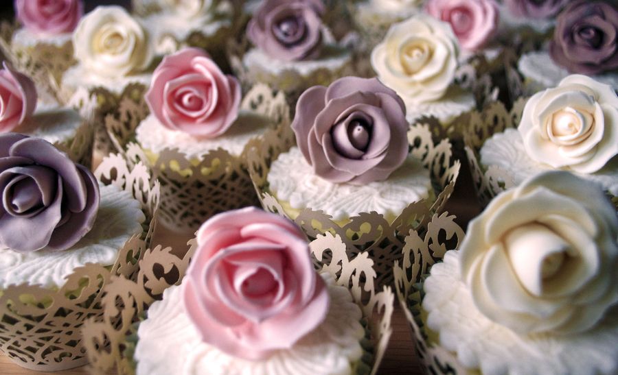 Vintage Rose Cupcakes on Cake Central