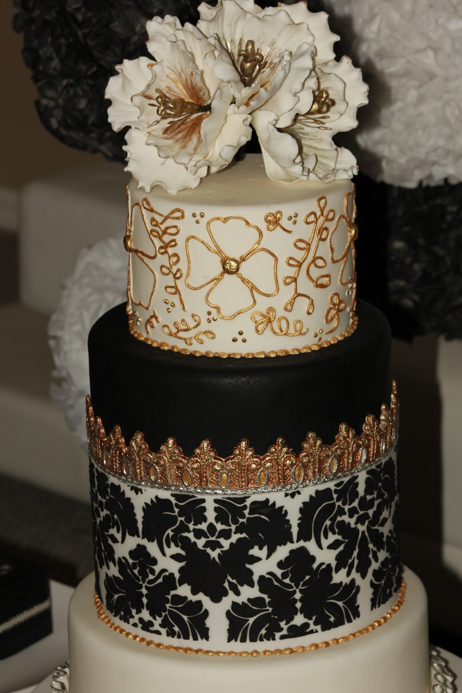 black white gold wedding cake wedding cake black amp white silver gold cakecentral 11906