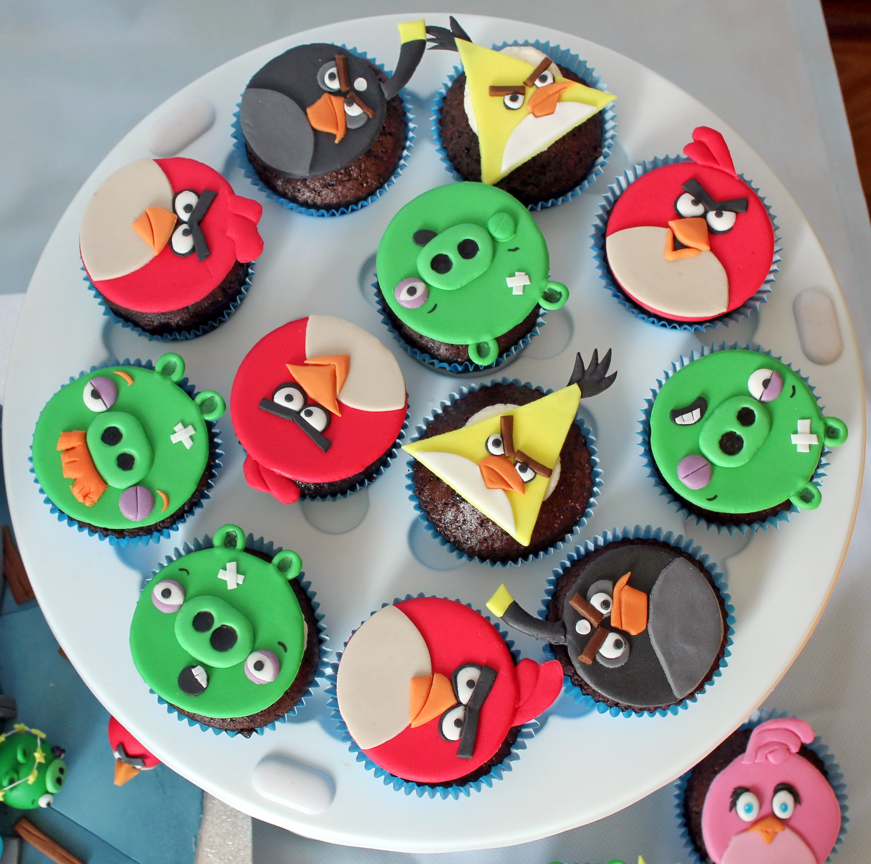 Angry Birds Cupcakes Cakecentral Com