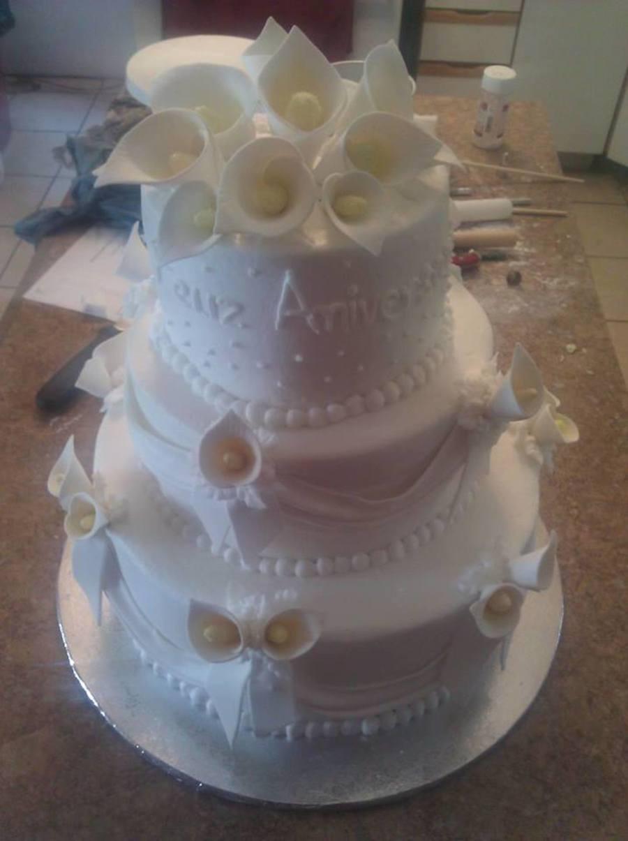 Almond Wedding Cake.My First Wedding Cake Almond Icing Sugar Flower Cakecentral Com