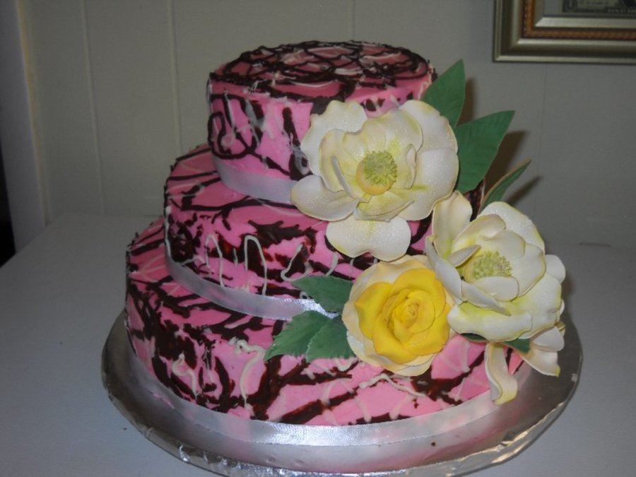 Country Girl....camo And Magnolia's on Cake Central