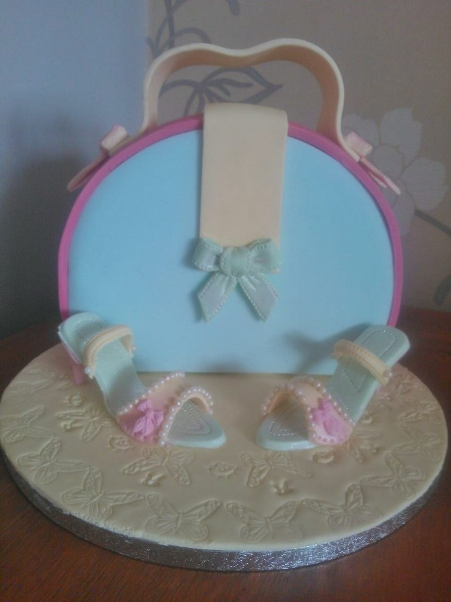 Handbag & Shoes on Cake Central