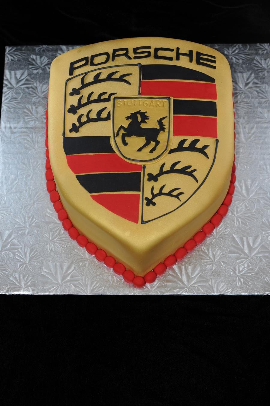 Porsche Logo Cake Cakecentral Com