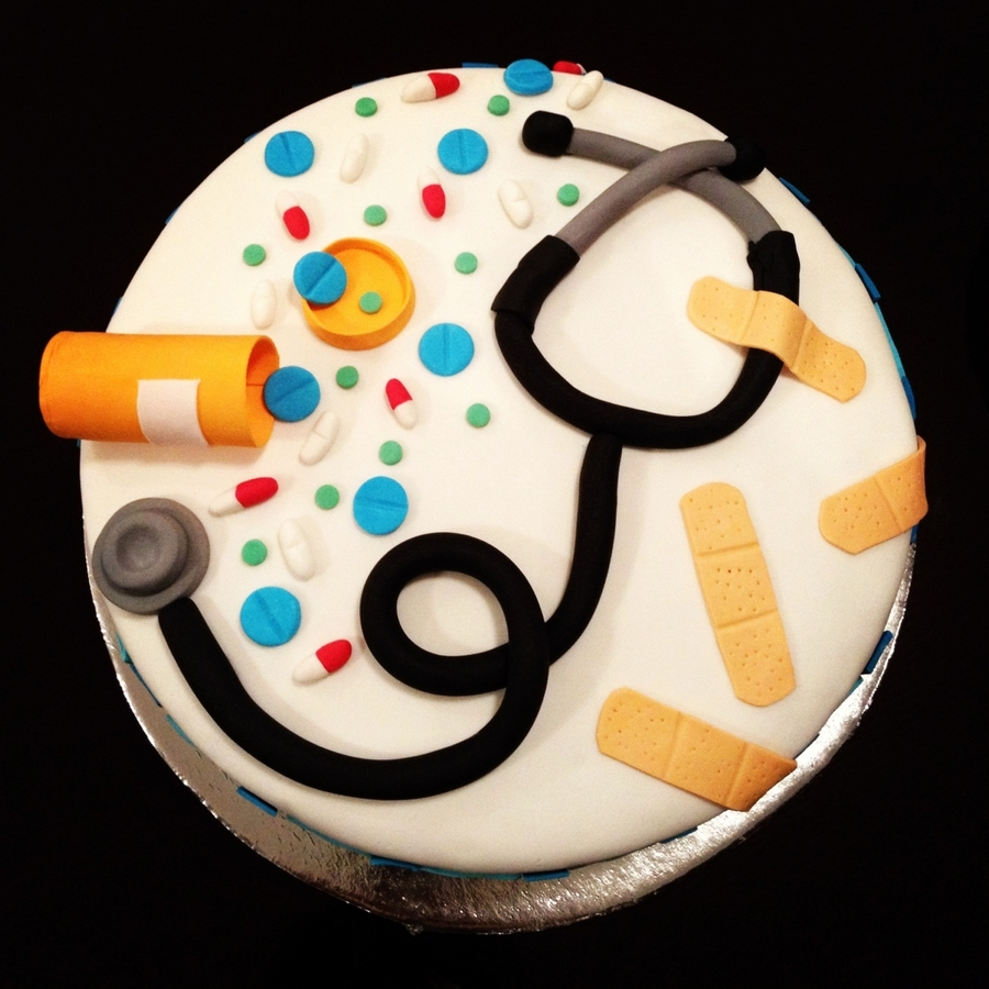 Doctor's Retirement Cake on Cake Central