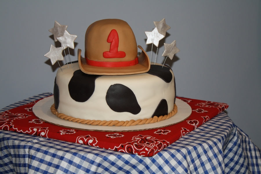 Cowboy Hat With Cow Print on Cake Central