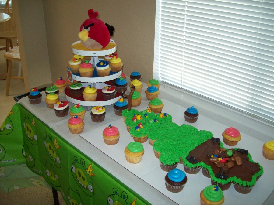 Angry Birds Cupcake Cake  on Cake Central