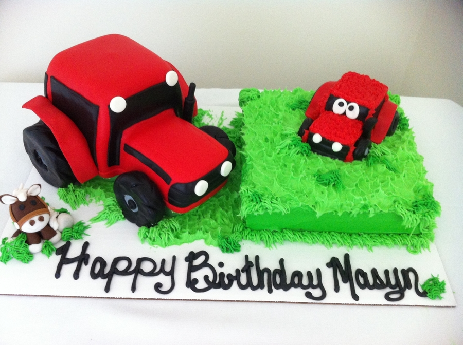 Red Case Tractor on Cake Central