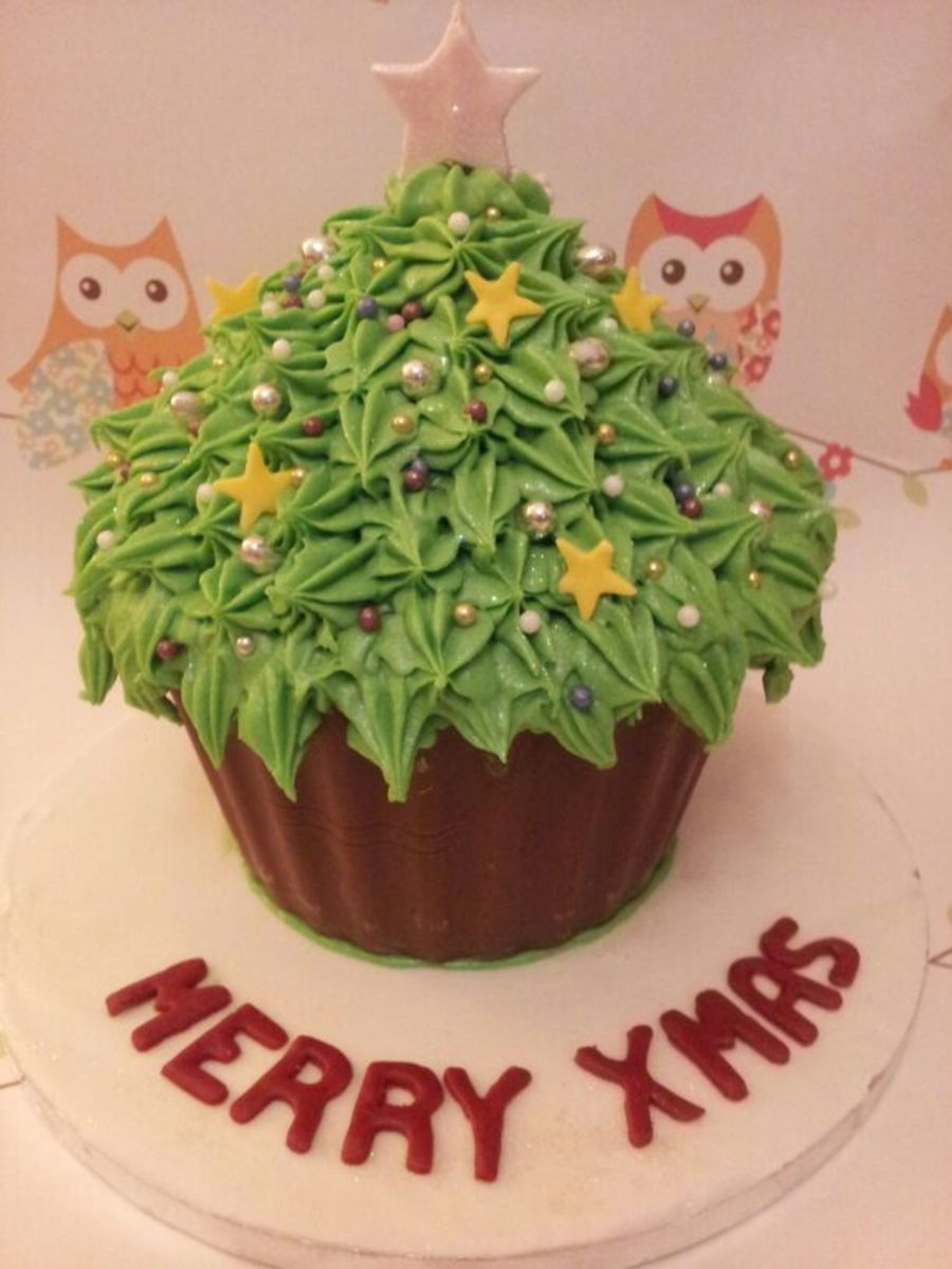Christmas Tree Giant Cupcake on Cake Central