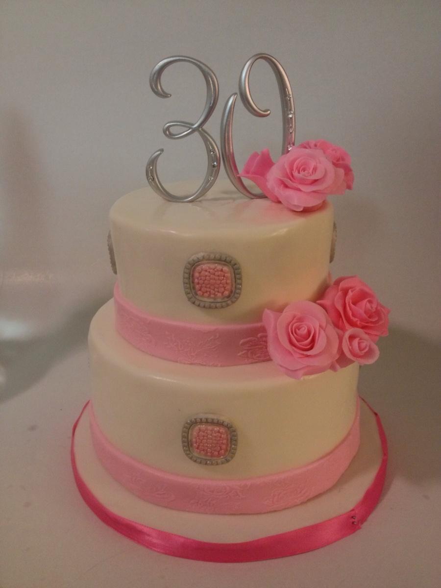 Cream Cheese Fondant Red Velvet Cake