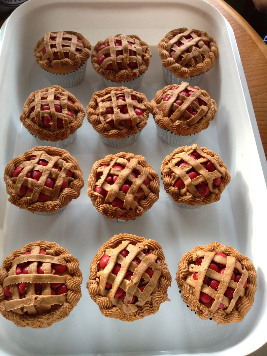 Cherry Pie Cupcakes on Cake Central