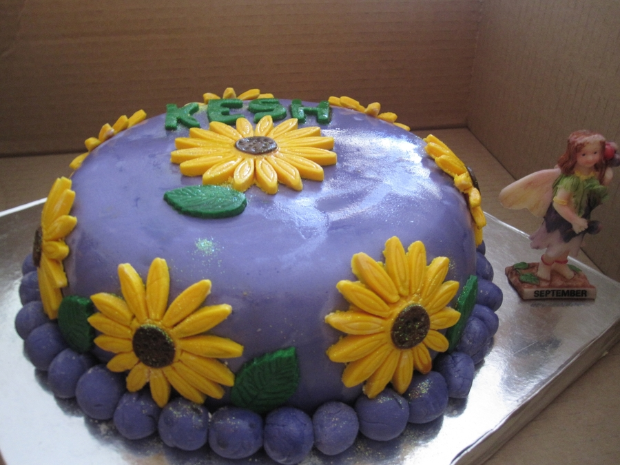 Sunflower Happinesss on Cake Central