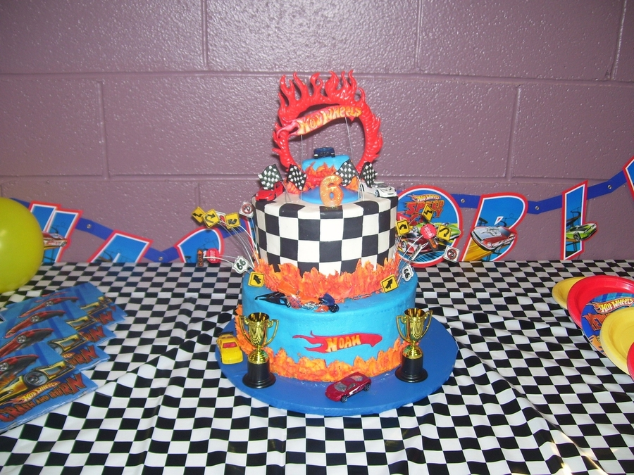 Hot Wheels on Cake Central