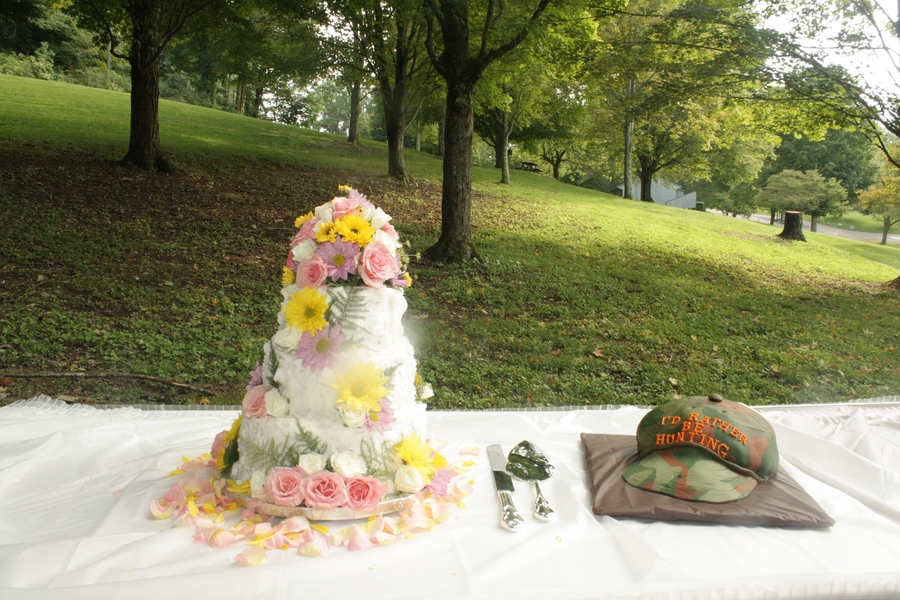 Wildflowers Bridal, Ball Cap Grooms on Cake Central
