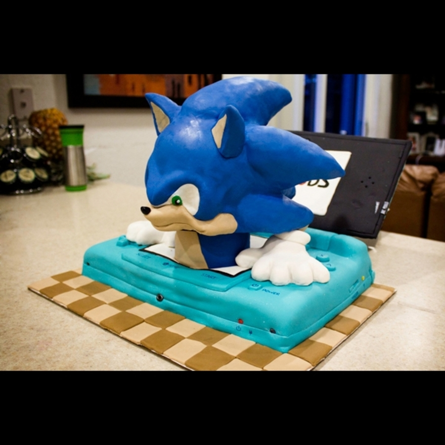 Sonic Nintendo 3Ds Cake - Cake Outside The Box on Cake Central