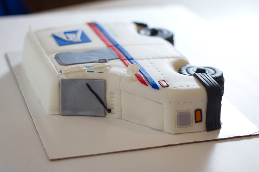 Usps Mail Truck Cake - Cake Outside The Box on Cake Central