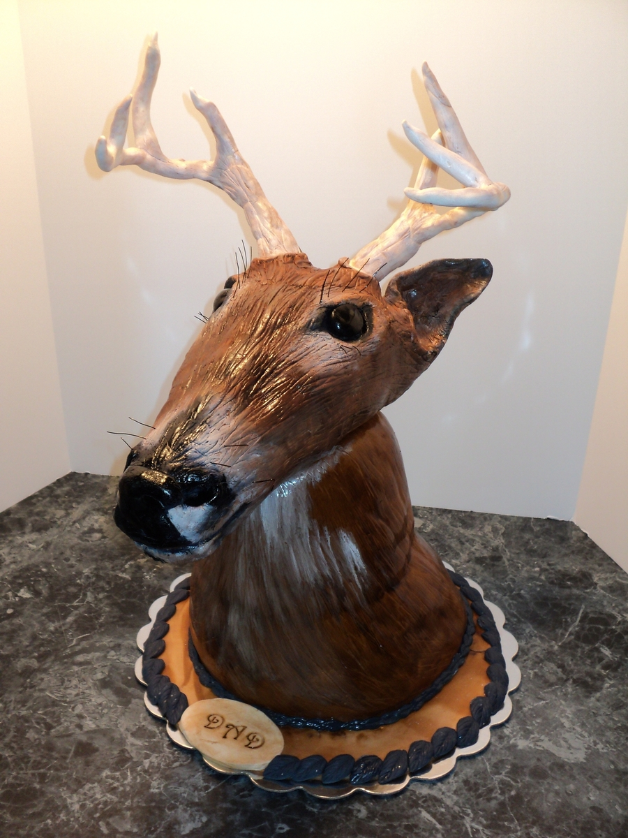 Deer Head Mount on Cake Central