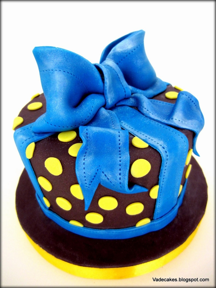 Blue Bow Cake on Cake Central