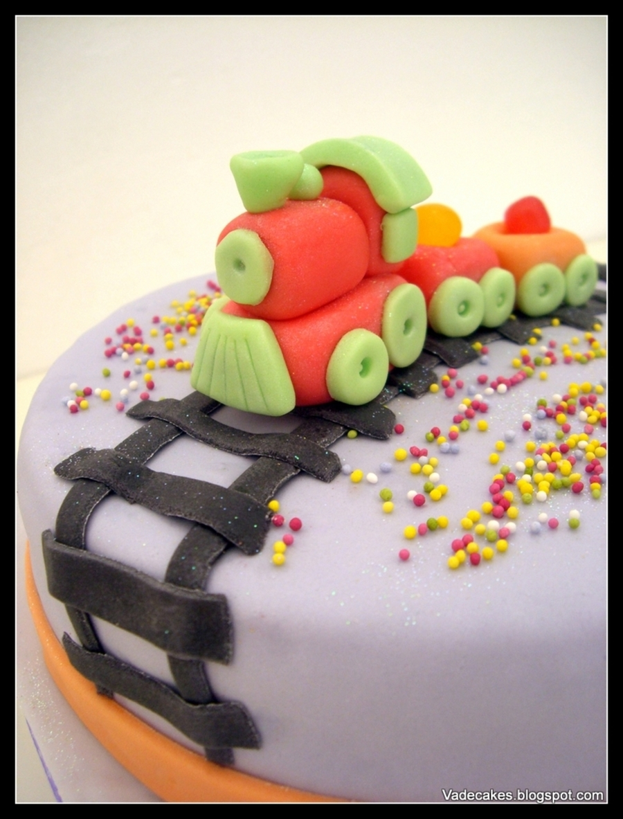 Train Cake on Cake Central