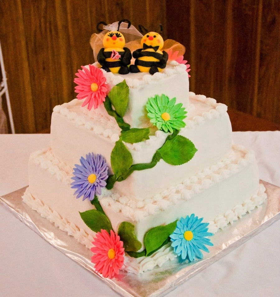 Bumble Bee Wedding Cake on Cake Central