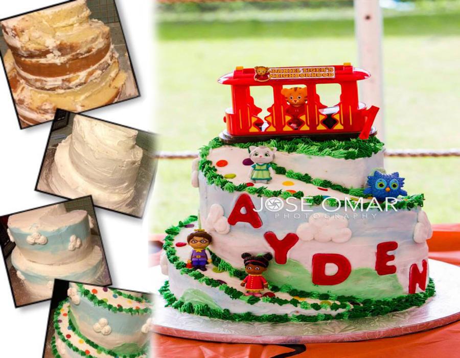 Daniel Tigers Neighborhood Spiral Cake Cakecentral Com