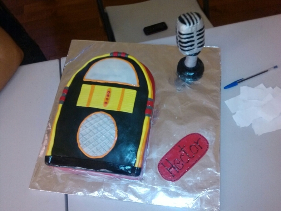 Jukebox Cake on Cake Central