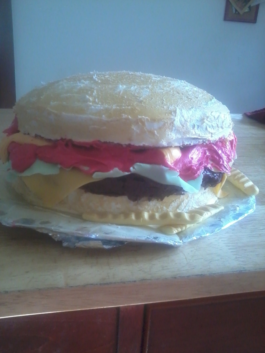 Hamburger Cake on Cake Central