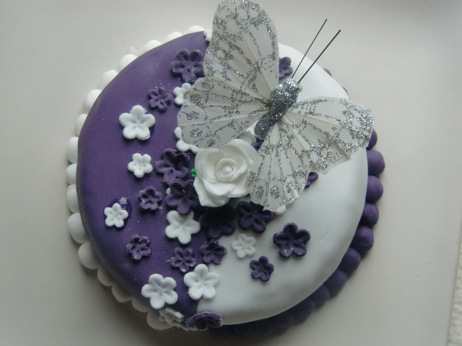 Flowers And Butterfly on Cake Central