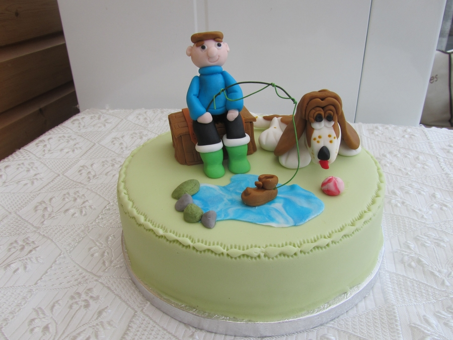 Basset Hound on Cake Central