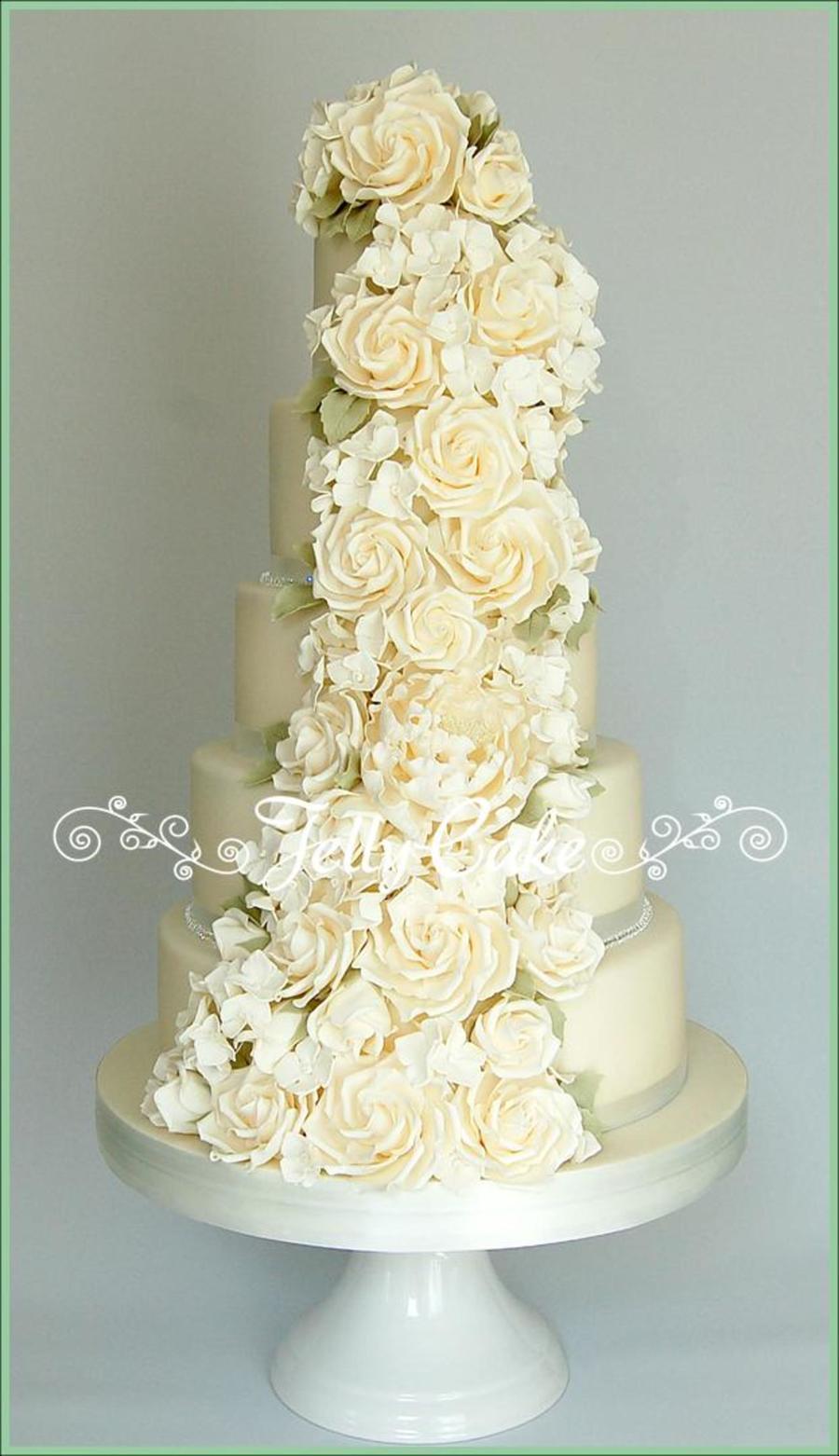 Ivory Rose Cascade Wedding Cake Cakecentral Com