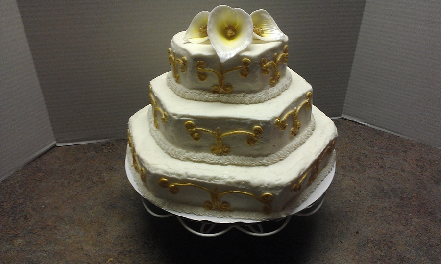 Lillies And Gold on Cake Central