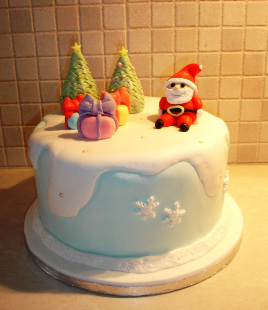 Christmas Cake!  on Cake Central