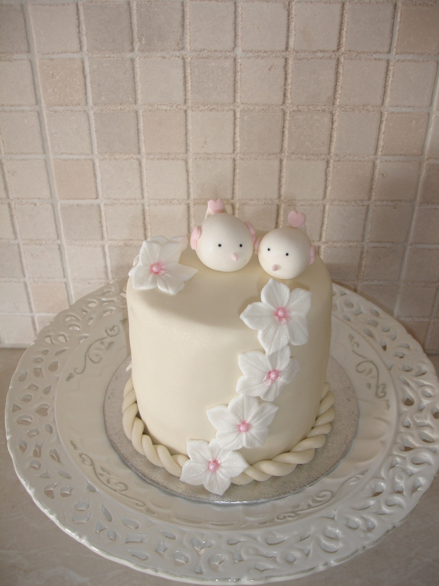 Love Birds on Cake Central