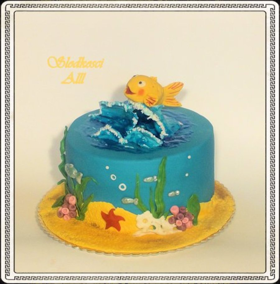 Cake With A Fish Minimini on Cake Central