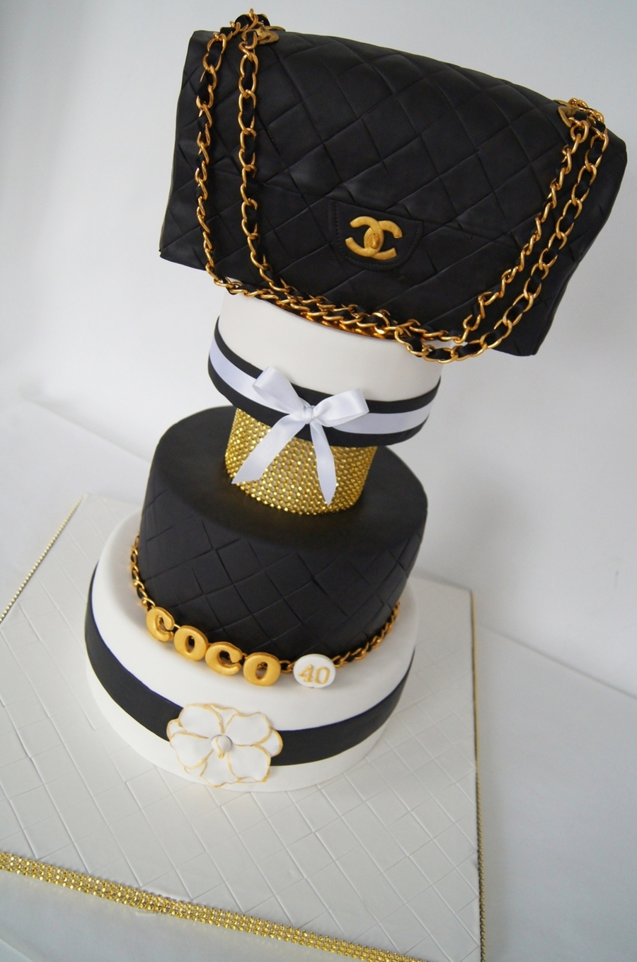 Chanel Inspired Cake Cakecentral Com