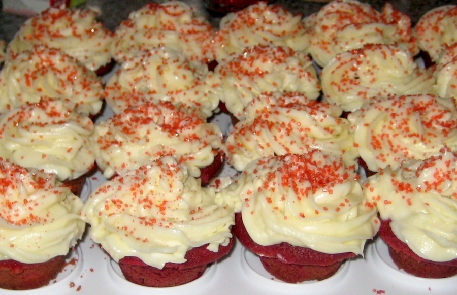 Red Velvet Mini Cupcakes With Cream Cheese Frosting on Cake Central