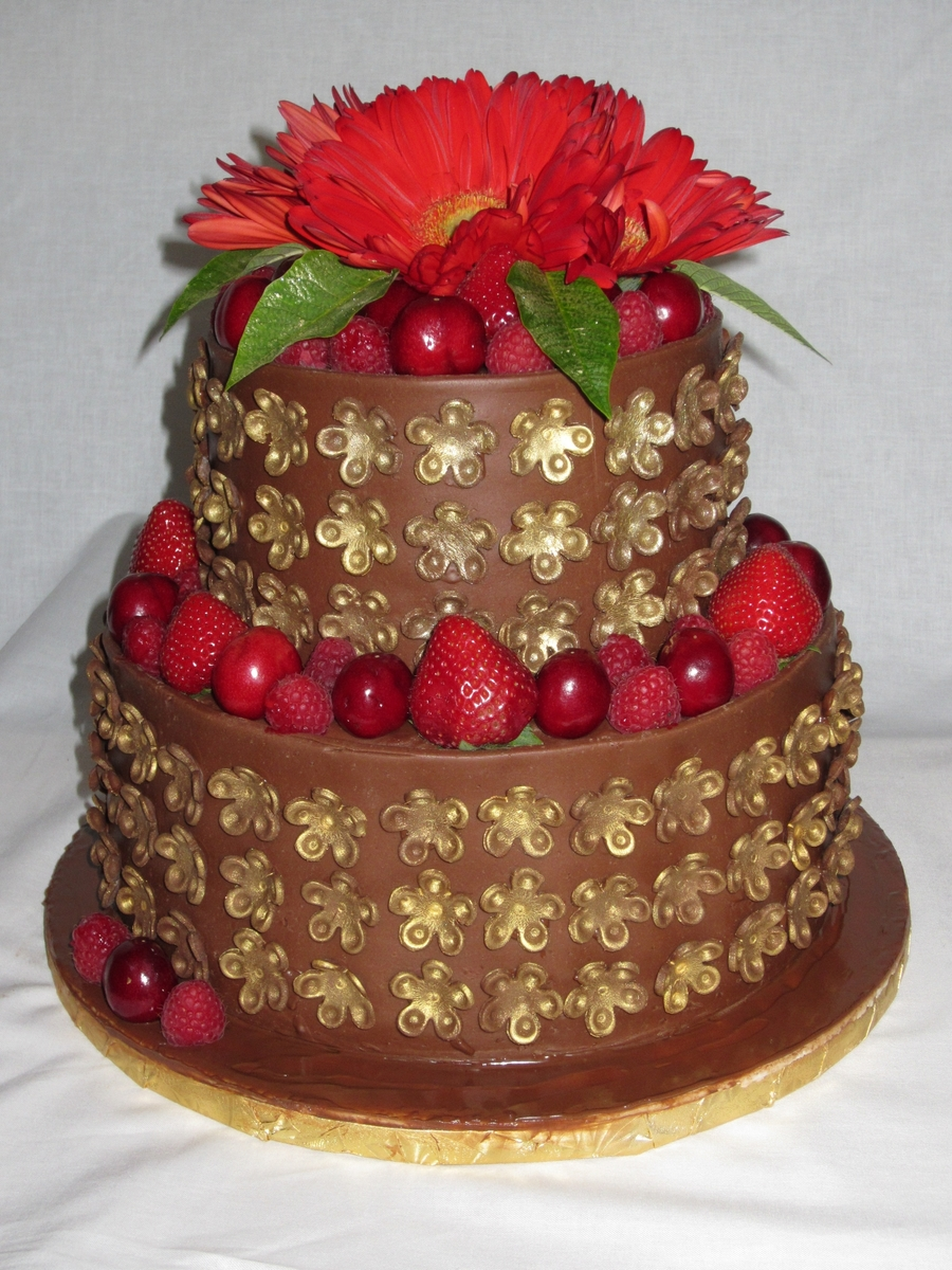 Chocofruit Cake on Cake Central