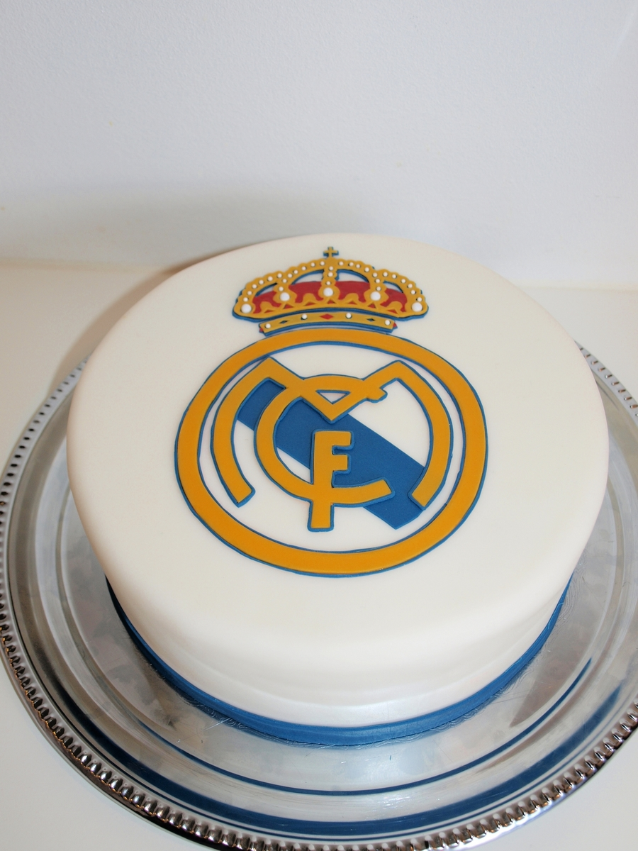 Real Madrid on Cake Central