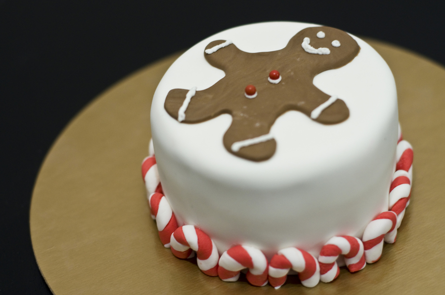 Gingerbread Top on Cake Central