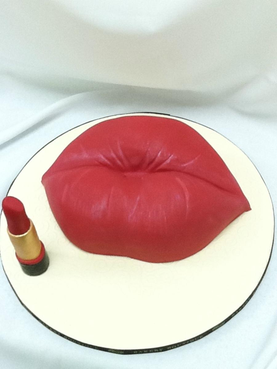 Lip Cake Tutorial