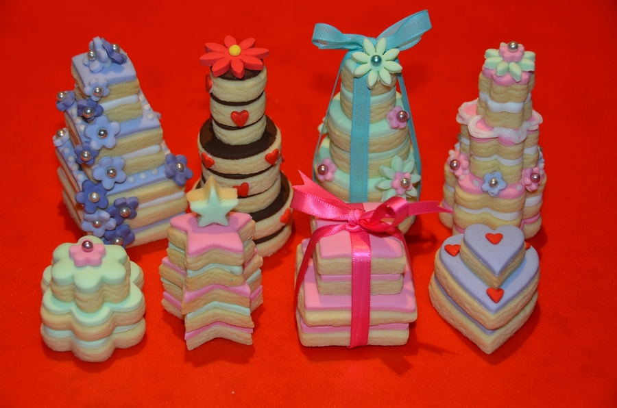 Stacked Cookies on Cake Central