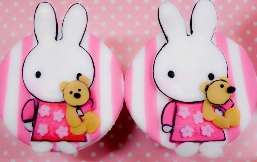 Miffy Rabbit on Cake Central