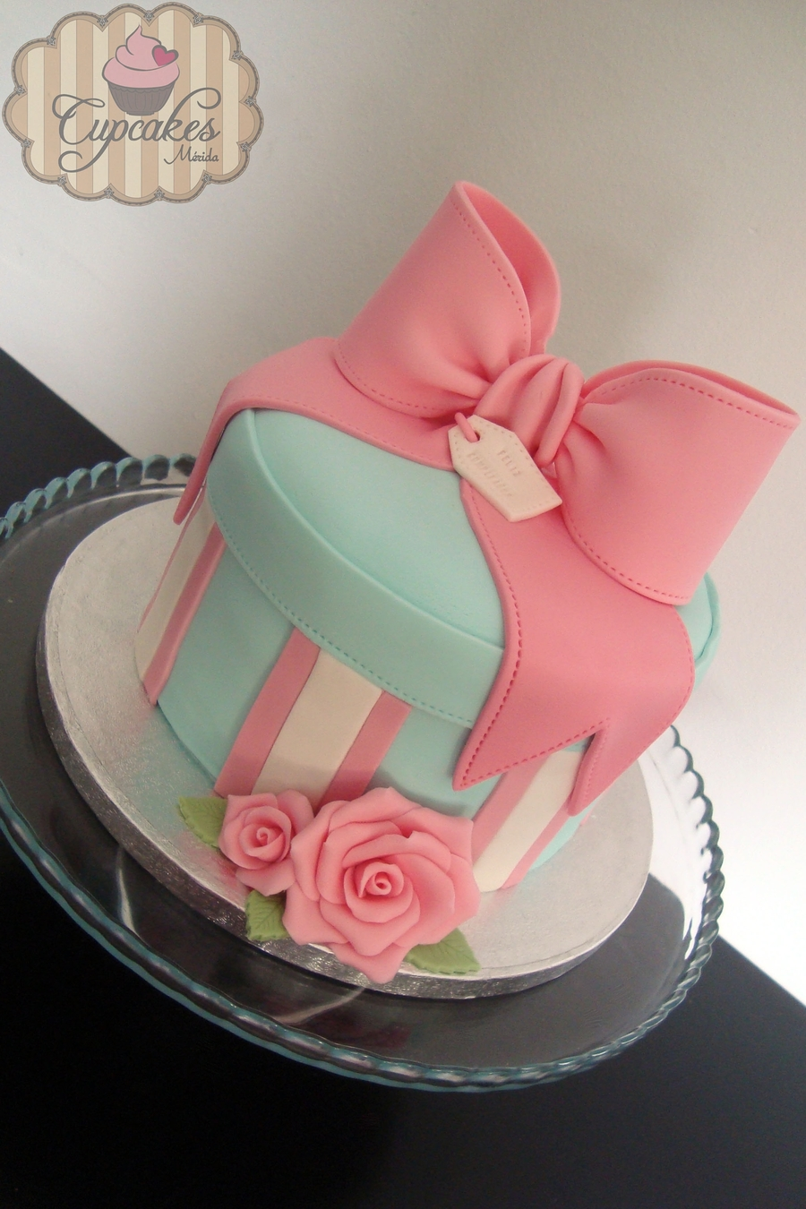 Bow Shaped Birthday Cake