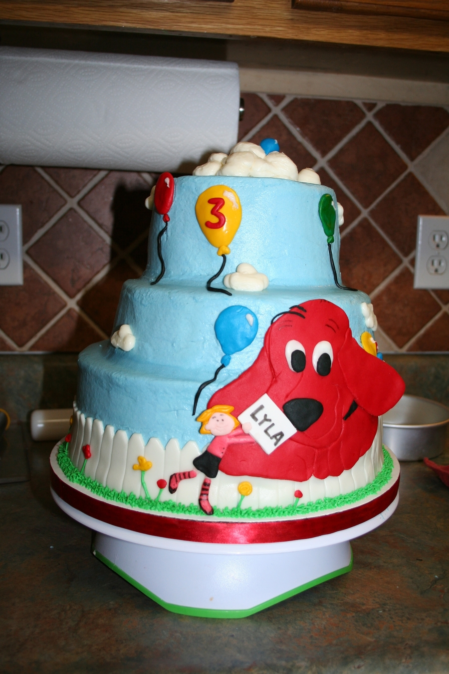 Clifford on Cake Central