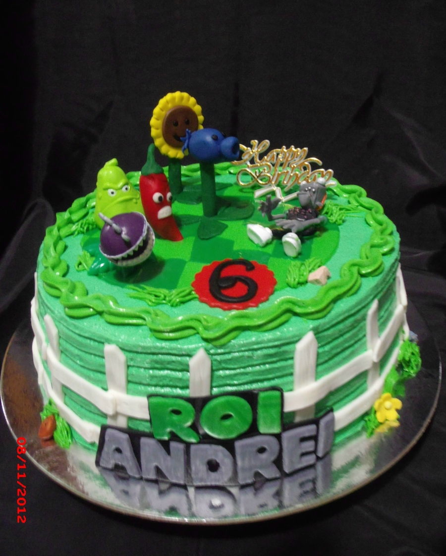 Plants Versus Zombies Cake