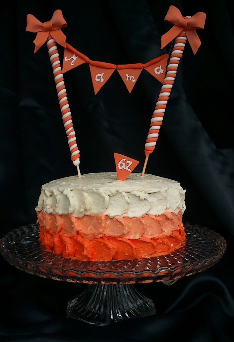 White And Orange! on Cake Central