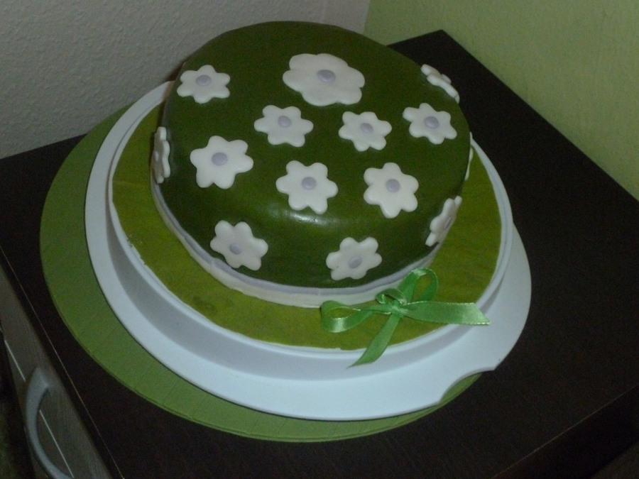 Flowers on Cake Central