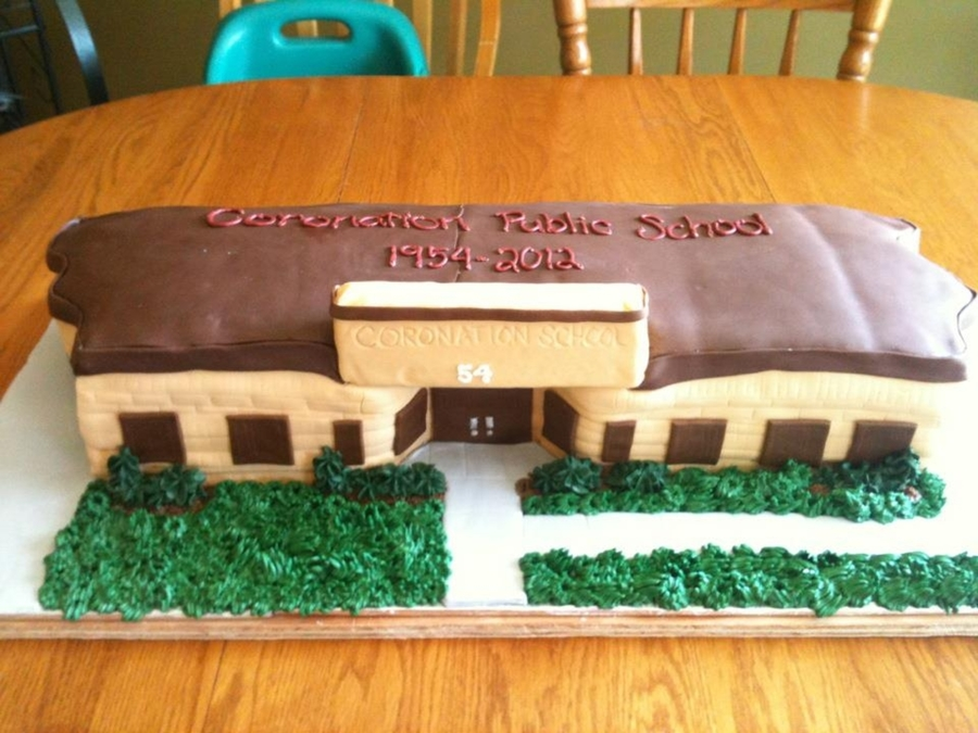 Replica Of Local School on Cake Central